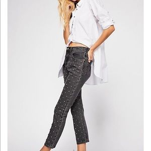 Levi's 501 High Waisted Studded Cropped Jeans